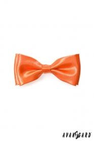 Výrazný chlapecký oranžový motýlek