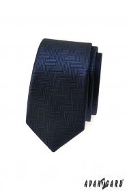 Tmavě modrá slim kravata s čárkovanou strukturou