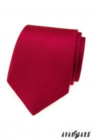 Červená kravata s prošívaným vzorem