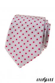 Šedá kravata s červenými puntíky