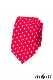 Červená slim kravata s bílými puntíky