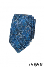Úzká kravata s modrým paisley vzorem