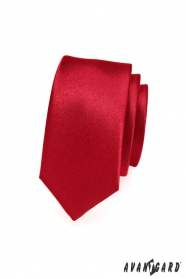 Hladká jednobarevná červená kravata