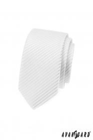 Bílá slim kravata s lesklými proužky