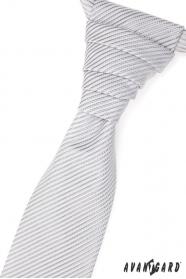 Svatební kravata s jemným lesklým proužkem