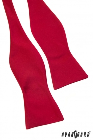 Červený hedvábný vázací motýlek