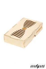 Dřevěná dárková krabička na motýlek
