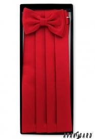 Červený smokingový pás s motýlkem a kapesníčkem