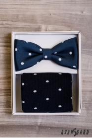 Modrý motýlek s puntíkem v setu s ponožkami