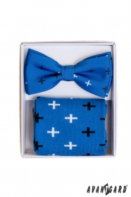 Modré ponožky se vzorem v setu s pánským motýlkem